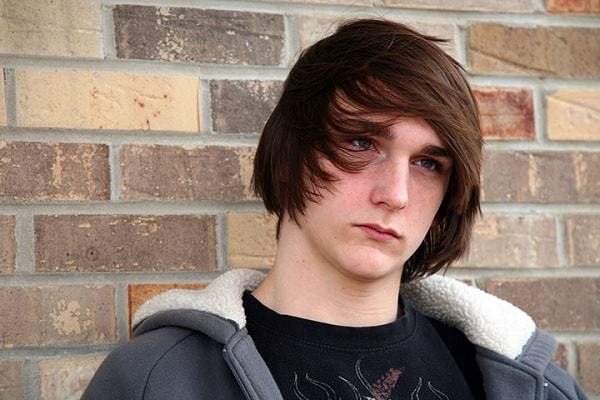 teen boys long side bangs