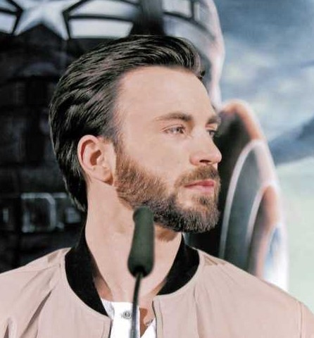 Chris Evans Long Textured haircut